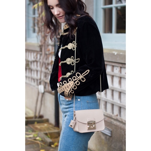 Zara Velvet Toggle Blazer NWT Sz: S